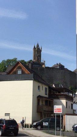 Dillenburg, เยอรมนี: De Toren gezien vanuit het stadje