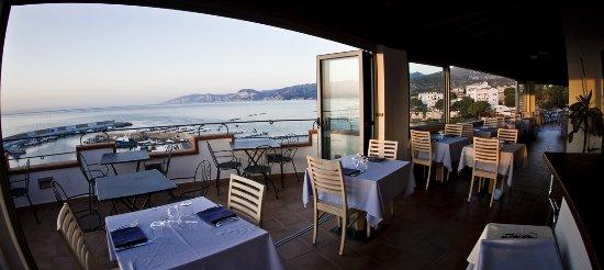 Bue Marino Hotel: Vue depuis la salle du petit déjeuner