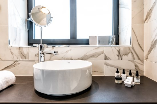laz hotel spa urbain prices reviews paris france tripadvisor. Black Bedroom Furniture Sets. Home Design Ideas