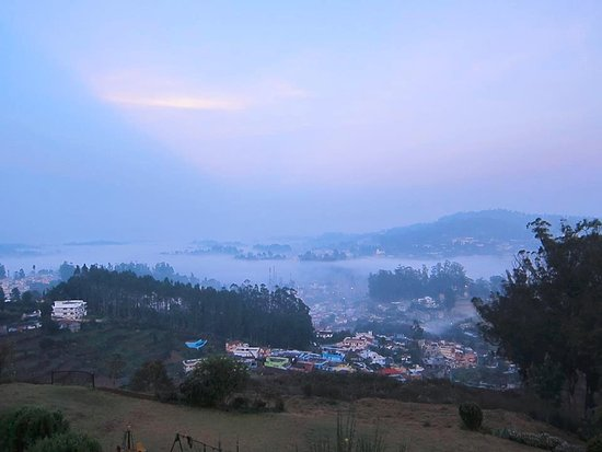 Sinclairs Retreat Ooty: Early morning view from the property.