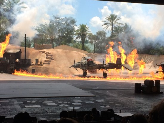 Indiana Jones Epic Stunt Spectacular!