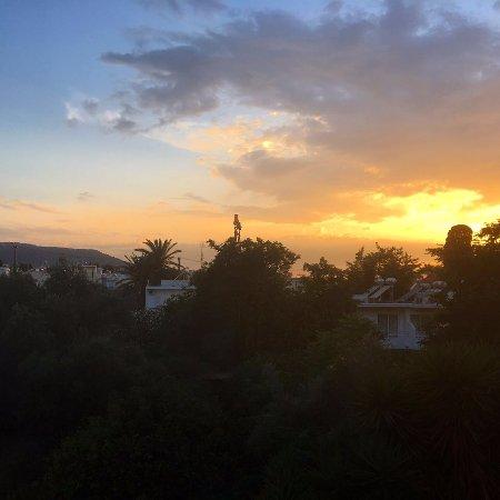 Hotel Solemar: Вид из номера, закат.