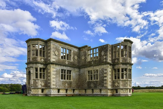 Oundle, UK: Lyveden New Bield