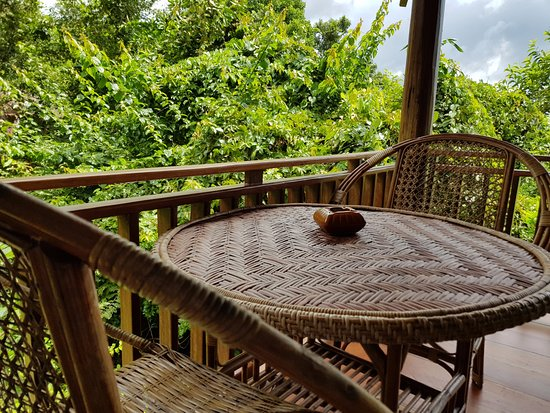 Ban Khiet Ngong, Laos: Coffee table on Veranda