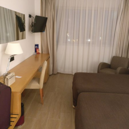 Euro Hotel Barcelona Photo