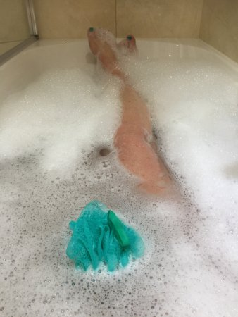 Achnasheen, UK: A relaxing spa bath if you are cold and tired