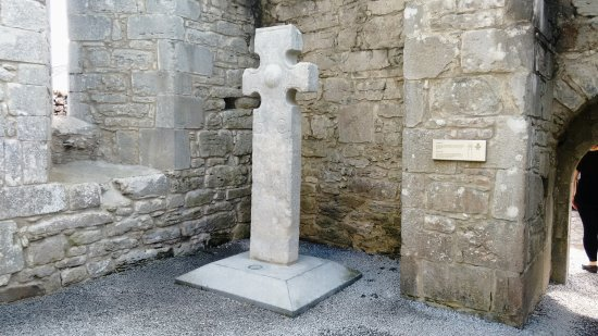 Kilfenora Cathedral & Crosses