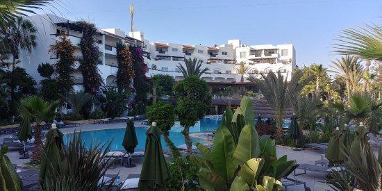 Hotel Riu Tikida Beach: Pool area