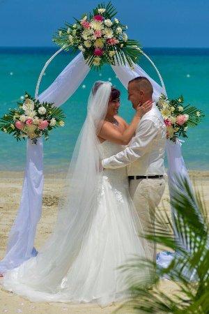 CocoLaPalm Resort: Danke liebe kimesha vom Cocolapalm, dass du uns diesen Tag zum schönsten Tag unseres Lebens hast