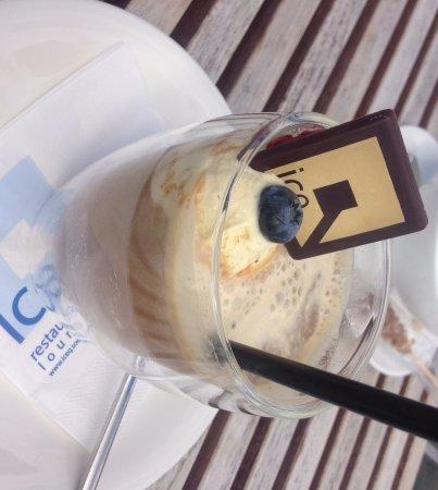 ice Q: ice coffee :)