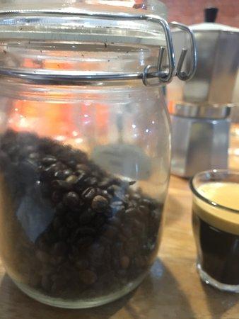 Owly Coffee & Resto
