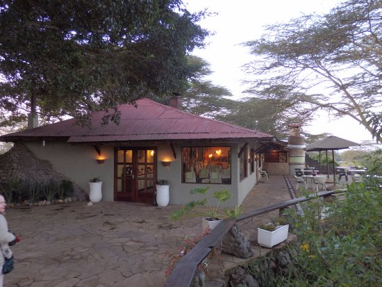 Hatari Lodge : The main lodge building and deck