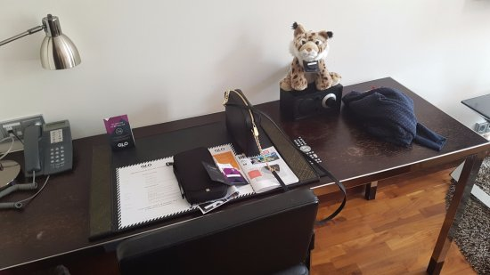 GLO Hotel Kluuvi Helsinki: Desk