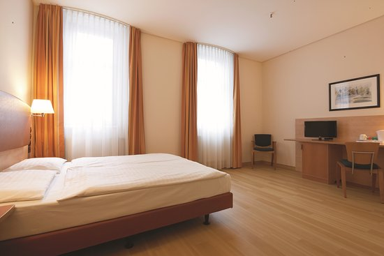 Intercity Hotel Berlin Reviews
