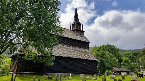 La chiesetta lignea di Kaupanger vita da dietro