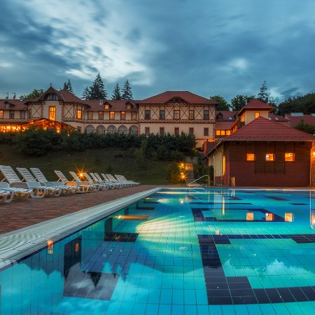 Paradfurdo, Hongaria: Erzsébet Park Hotel este