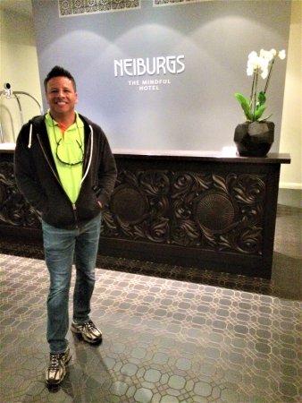 Neiburgs Hotel: Check in area