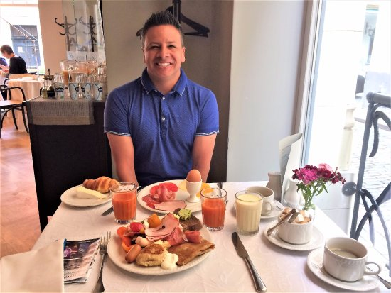 Neiburgs Hotel: Delicious breakfasts
