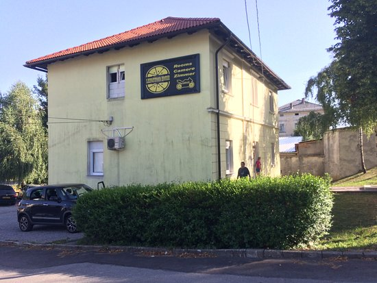 Lemonwood House