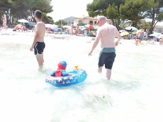 Ona Garden Lago: nice and shallow and warm