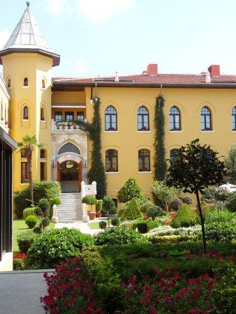 Four Seasons Hotel Istanbul at Sultanahmet: 中庭