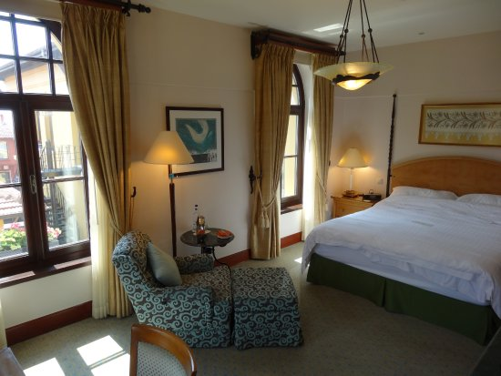 Four Seasons Hotel Istanbul at Sultanahmet Photo