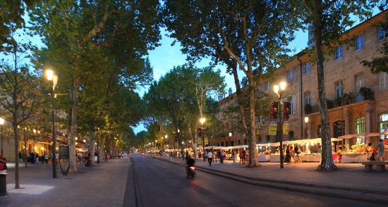 cours mirabeau aix en provence photo de cours mirabeau aix en provence tripadvisor. Black Bedroom Furniture Sets. Home Design Ideas