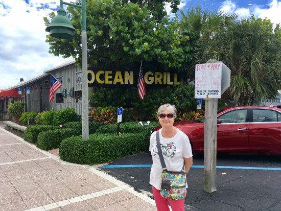 Ocean Grill Restaurant: photo0.jpg
