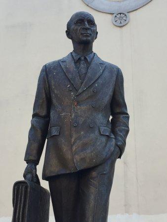 Statua di Osiride Brovedani