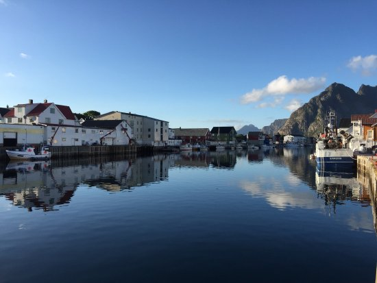Johs H Giæver Sjøhus & Rorbuer