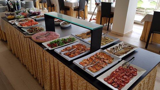 Hotel Clipper: Buffet prima di pranzo/cena