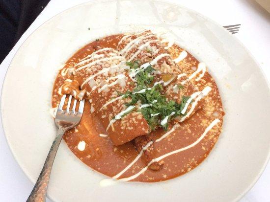 Ardmore, PA: Enchiladas Mixtas