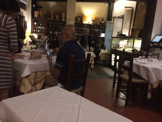 Ristorante Le Fonticine: Note how nicely spaced the tables are
