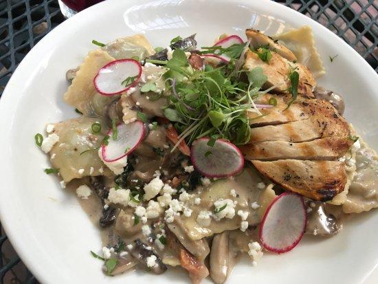 Mona Lisa's Restaurant: Wild Mushroom Ravioli