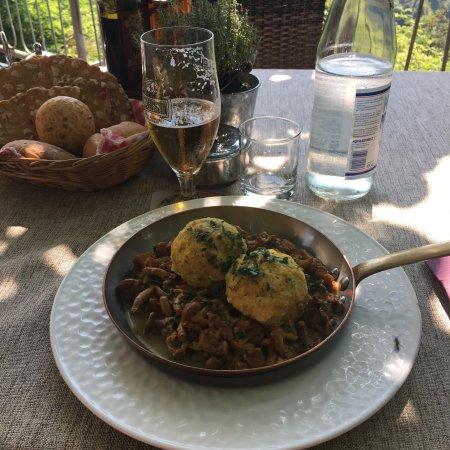 San Pancrazio, Italia: Canederli con finferli