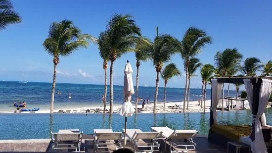 Villa del Palmar Cancun Beach Resort & Spa: View from restaurant