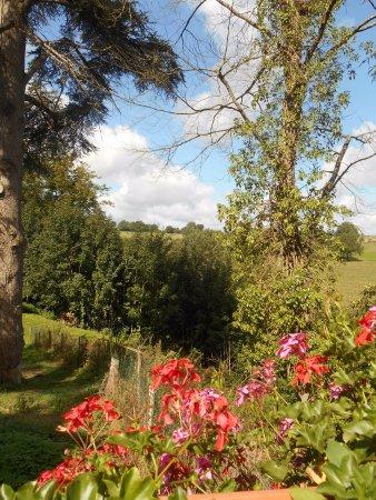 Moulay, France : Vue sur la mayenne