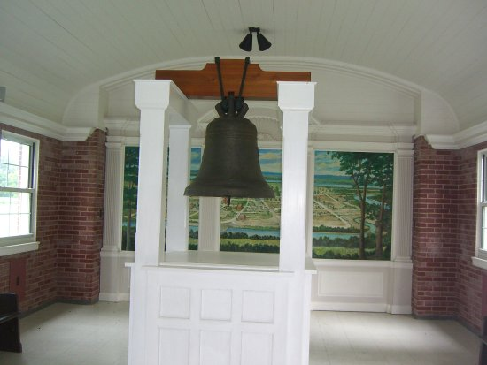 Chester, IL: Liberty Bell of the West