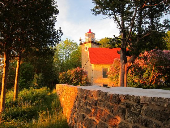 Eagle Bluff Lighthouse Fish Creek Wi Top Tips Before