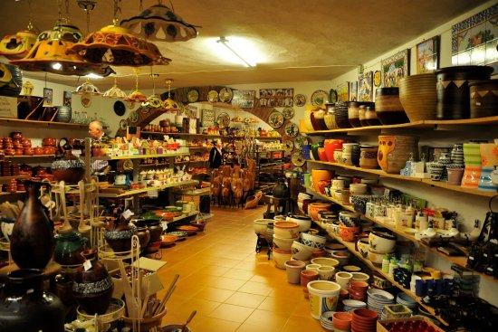 Verdu, Espanha: Cerámica Roca Caus