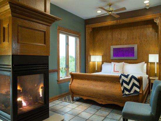 hermann hill vineyard inn spa and river bluff cottages. Black Bedroom Furniture Sets. Home Design Ideas