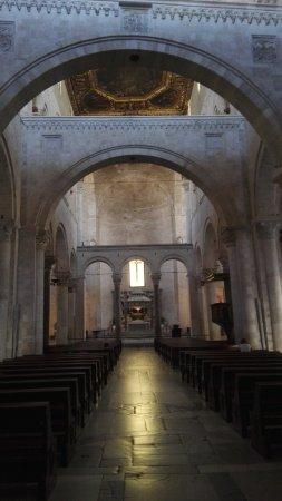 Basilica San Nicola: IMG_20170824_101806_large.jpg