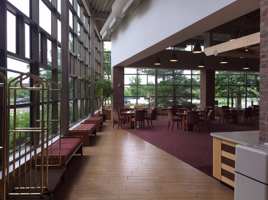 Prince Conference Center at Calvin College: Lots of seating and natural light in the lobby