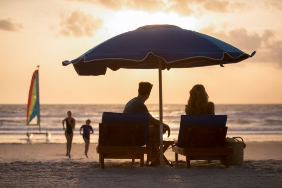 Sawgr Marriott Golf Resort Spa Guests Can Revel In The Sunrise While Enjoying Endless