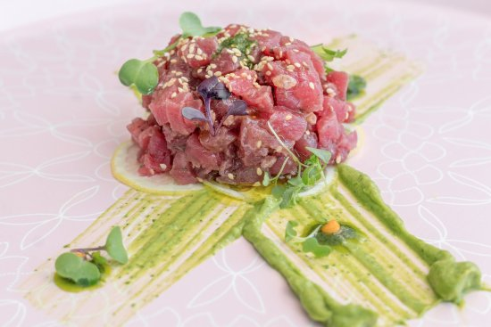 Tuna Tartare w/ olive tapenade, sesame seeds, avocado puree