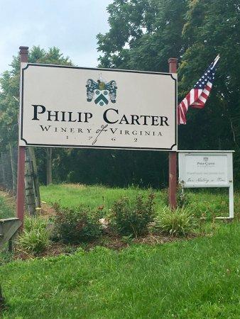 Hume, VA: Entrance Sign