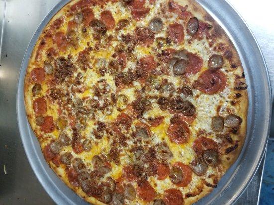 Zion Crossroads, VA: Il Castello Italian Restaurant & Pizza