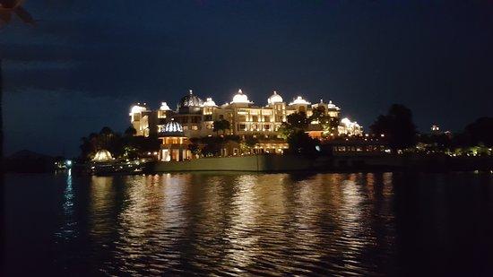 The Leela Palace Udaipur: 20170708_200729_large.jpg