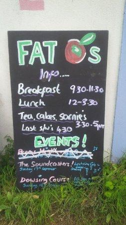 Fat Apples Cafe: Menu Hours