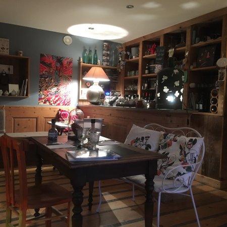 Restaurant cote pont dans pontarlier avec cuisine for Concept cuisine pontarlier